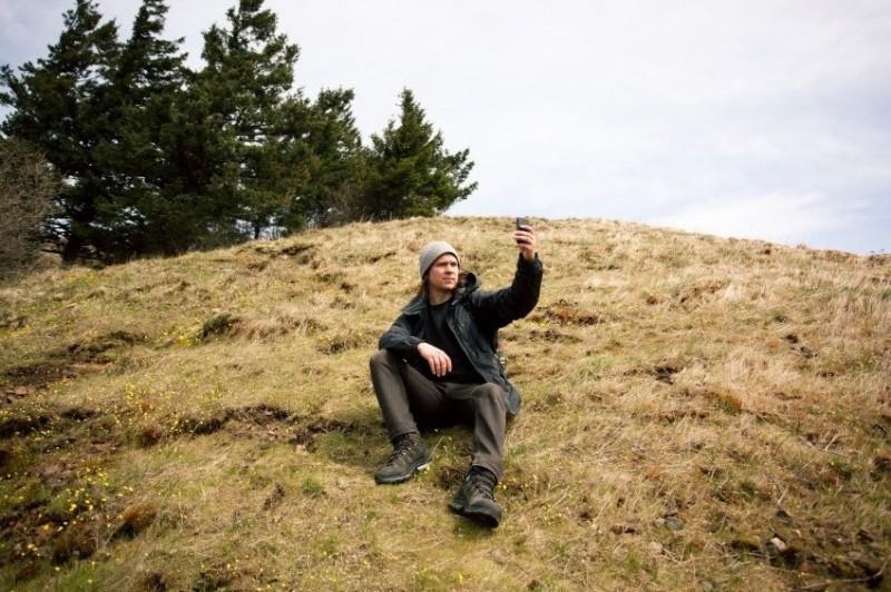 hikingdudesmartphone